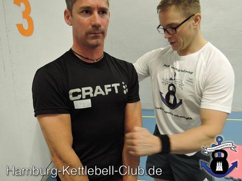 Kettlebel Trainer Frank Delventhal auch Progressive Calisthenics Trainer in Hamburg