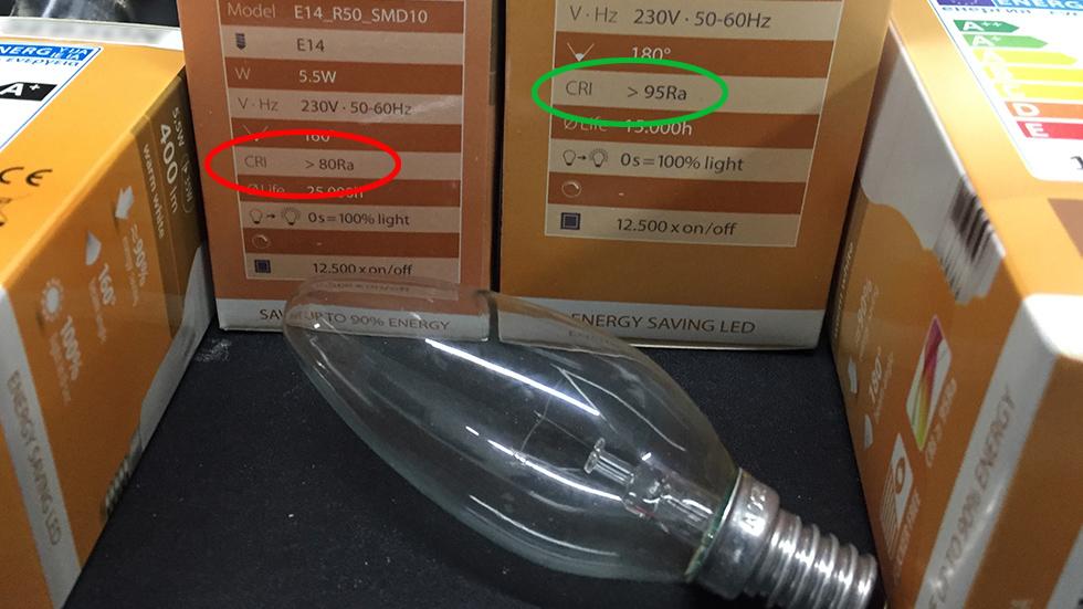 Bild LED Verpackung:: RA-Wert ist entscheidend, wie wenig schädlich eine LED Leuchte ist.